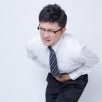 仕事中や食後にお腹が痛くなる方へ、試してみてほしい3つの対処法。