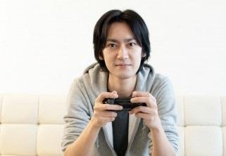 暇つぶしに最適。1万円以下で買える最新ゲーム機PS Vita TV。